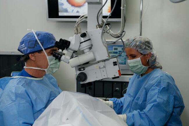 Aker Kasten doctors in surgery